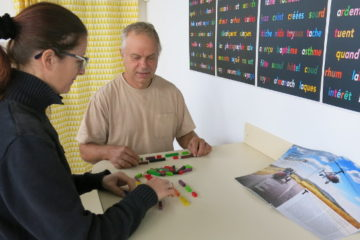 la Lecture en couleurs, mise au point par le mathématicien Caleb Gattegn